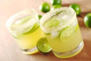 Alkohol genießen und trotzdem Kalorien sparen? So geht's