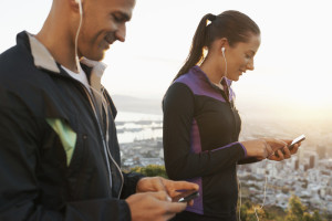Minimize Roaming Charges When Tracking Your Runs On Vacation