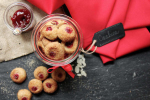 Figure-Friendly Holiday Cookie Recipes (Part I)
