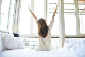 How to Become a Morning Person: 5 Tips to Jumpstart Your Day