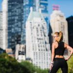 Frau im Central Park in New York