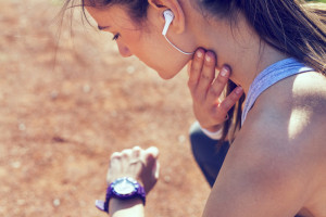 Apple watch OS 2: Track Your Heart Rate with Runtastic