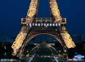 Burn your calories with Runtastic to illuminate the Eiffel Tower