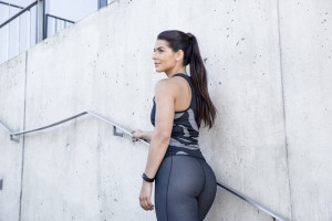 How to Get Toned Legs & a Firm Butt (Plus: Tips Against Cellulite)