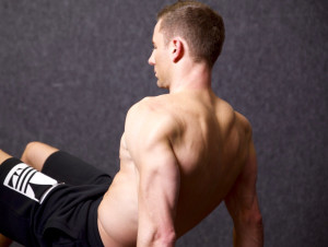 The 7 Best Bodyweight Exercises for Strong Triceps