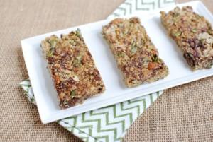 Home-Made Granola Bars: 3 Quick And Easy DIY Recipes