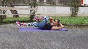 HIIT: 21-Minuten-Workout für Bauch und Po