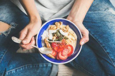 5 Fehler, die du schon morgens beim Frühstück machst