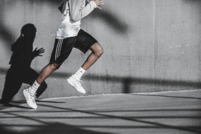 Rückenschmerzen bei Läufern – so wirst du sie los!