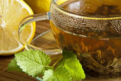 Drinks to reduce belly bloat