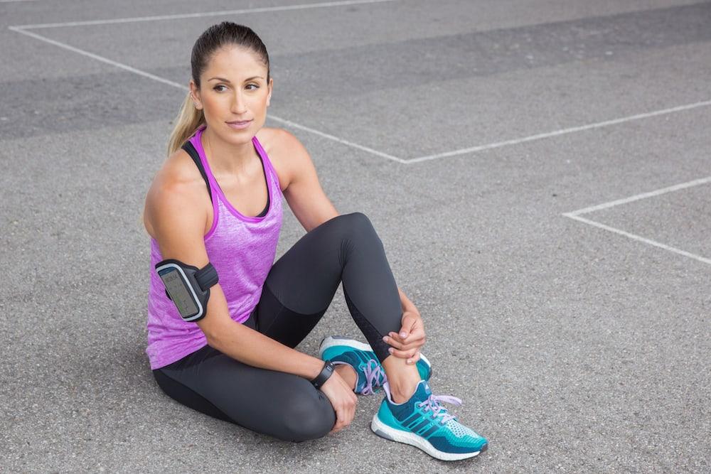 Mujer esperando a empezar a correr