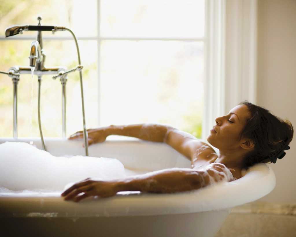 The Power of a Bubble Bath: Reduce Stress & Relax Your Muscles