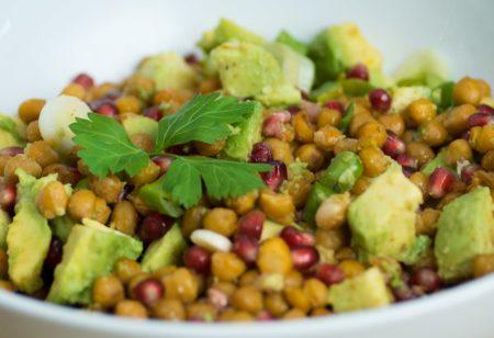 Avocado-Kichererbsen-Salat