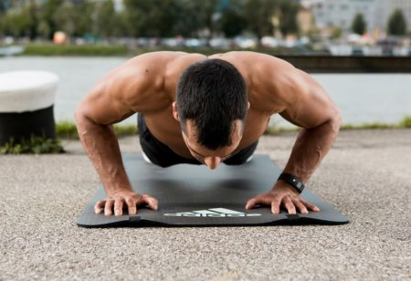 Muscle building with bodyweight exercises - Push Ups