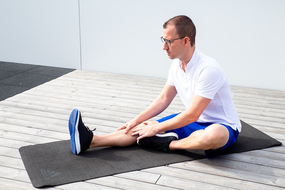 Hamstrings stretch for Pes anserinus syndrome