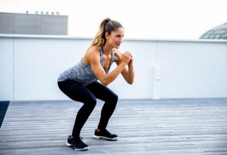 Jump-squat outdoor