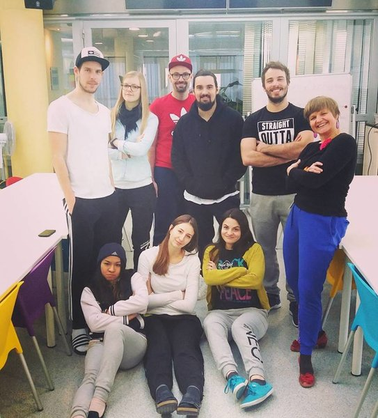 Runtastic Team in sweat pants.