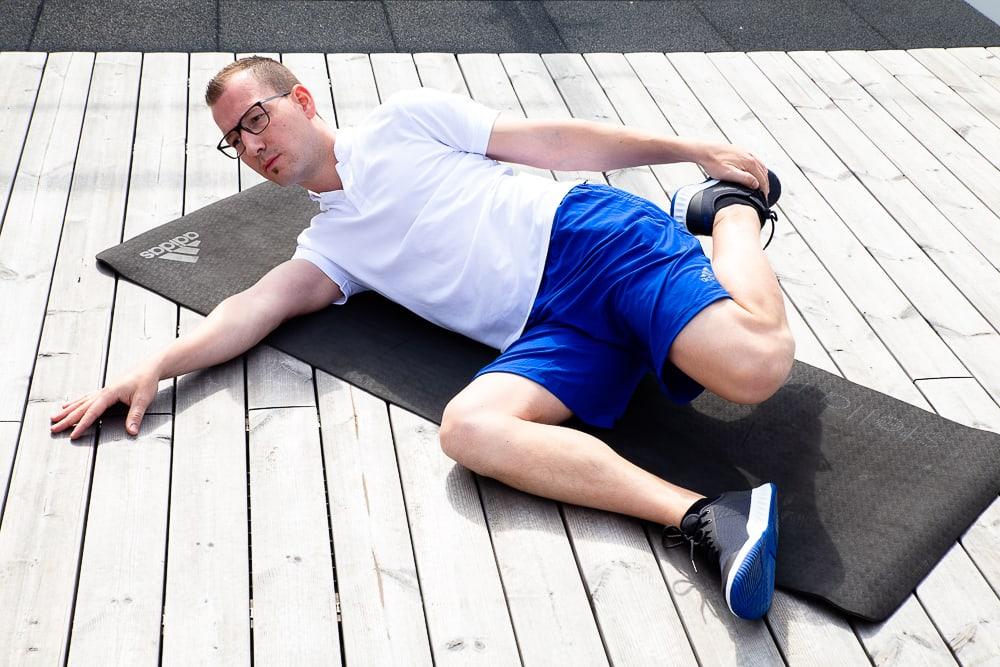 Syndrome de la patte d'oie : étirement des quadriceps