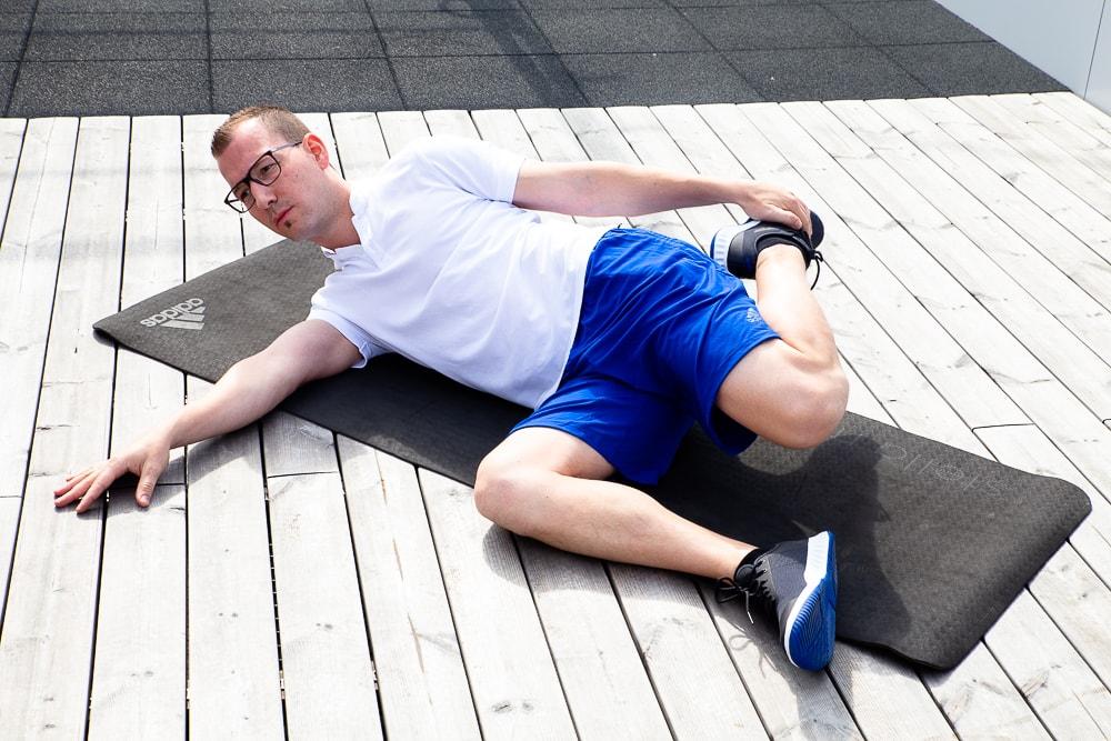 Knieschmerzen: Stretching des Quadrizeps