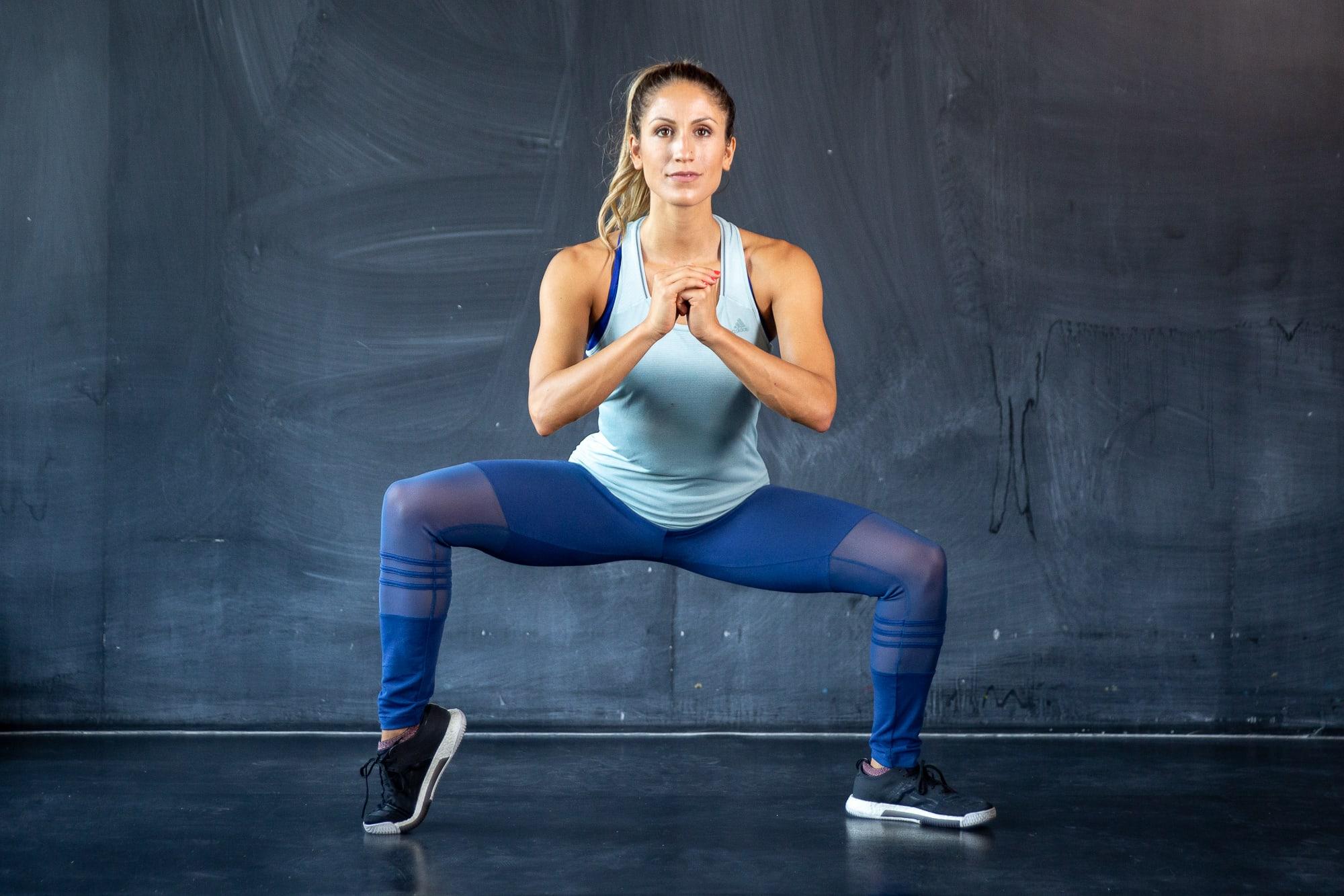 knees click when doing squats