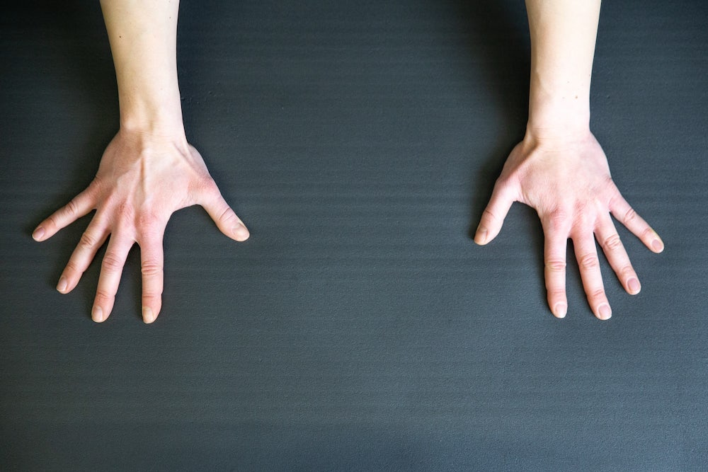 Hand positioning for push ups