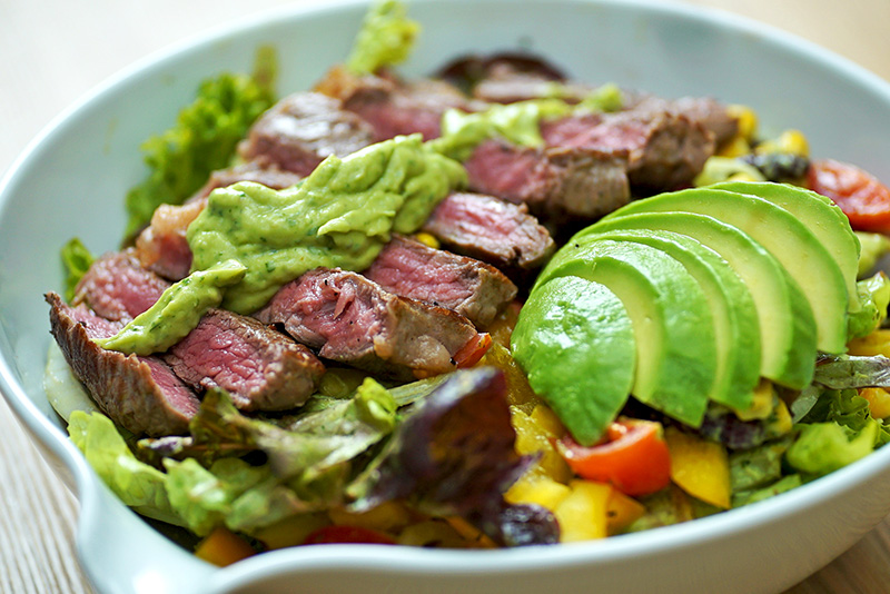 Runtasty Salat mit Steak & Avocado
