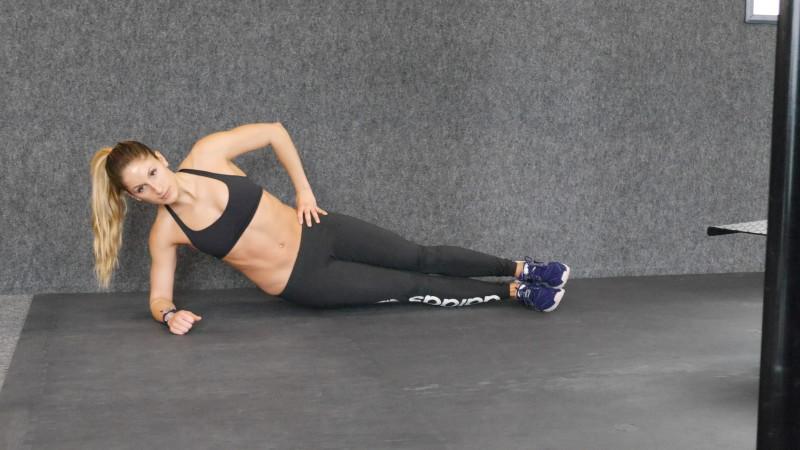 low side plank crunch a