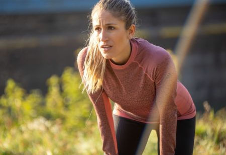 Woman has pain during running