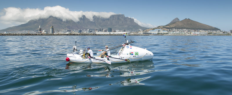 Ultrarunner rowed across the ocean