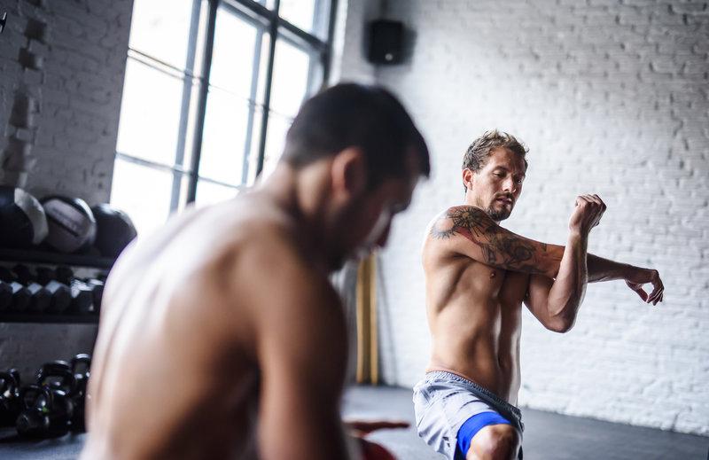 Hombres en el gym