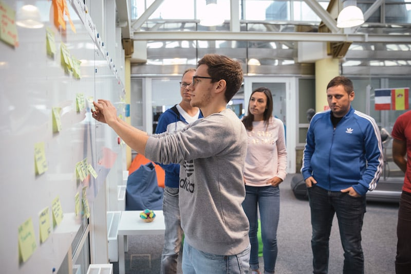 a team transitioning to agile