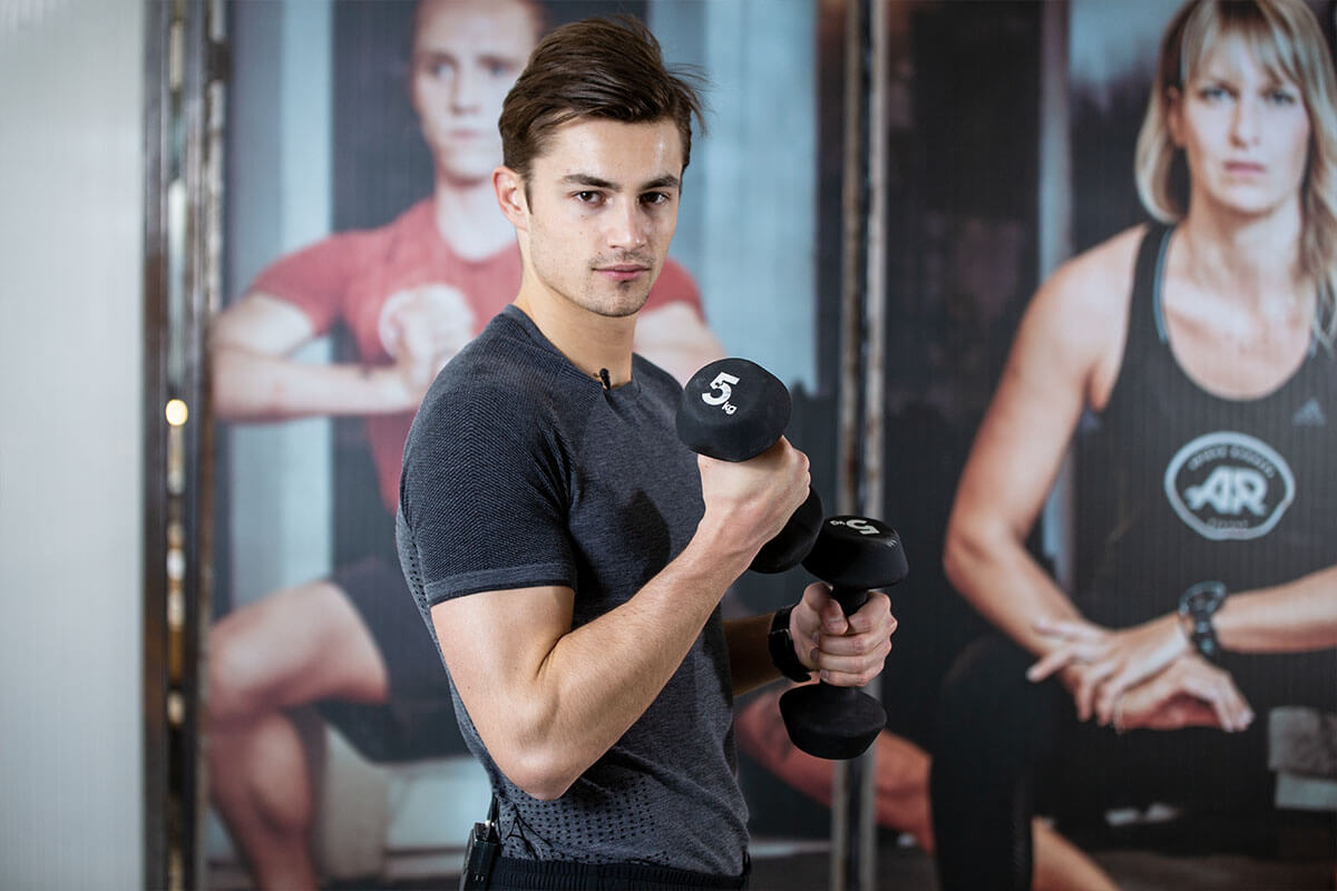 Photo of Full Body Dumbbell Workout: 20 Minute Home Workout for Any Level