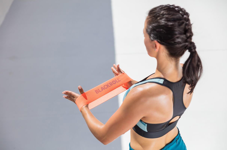 La meilleure façon de rester motivé au travail est l'intégration d'une variété d'exercices dans votre régime. Une élastique de musculation est une excellente façon de mélanger les choses et de garder votre routine de conditionnement physique intéressant. Peu importe si vous êtes un expérimenté haltérophile ou tout simplement de commencer votre voyage pour la santé, remise en forme élastiques peuvent ajouter une nouvelle dynamique à vos séances d'entraînement et vraiment obtenir vos muscles brûler.