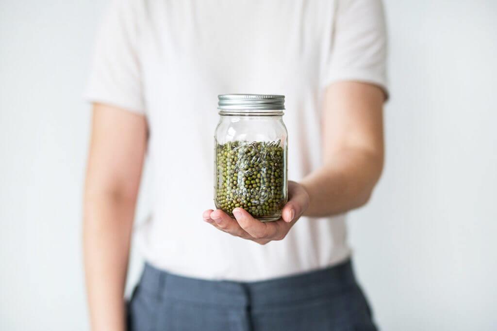 Le thé vert est un produit phare de votre liste de courses saines