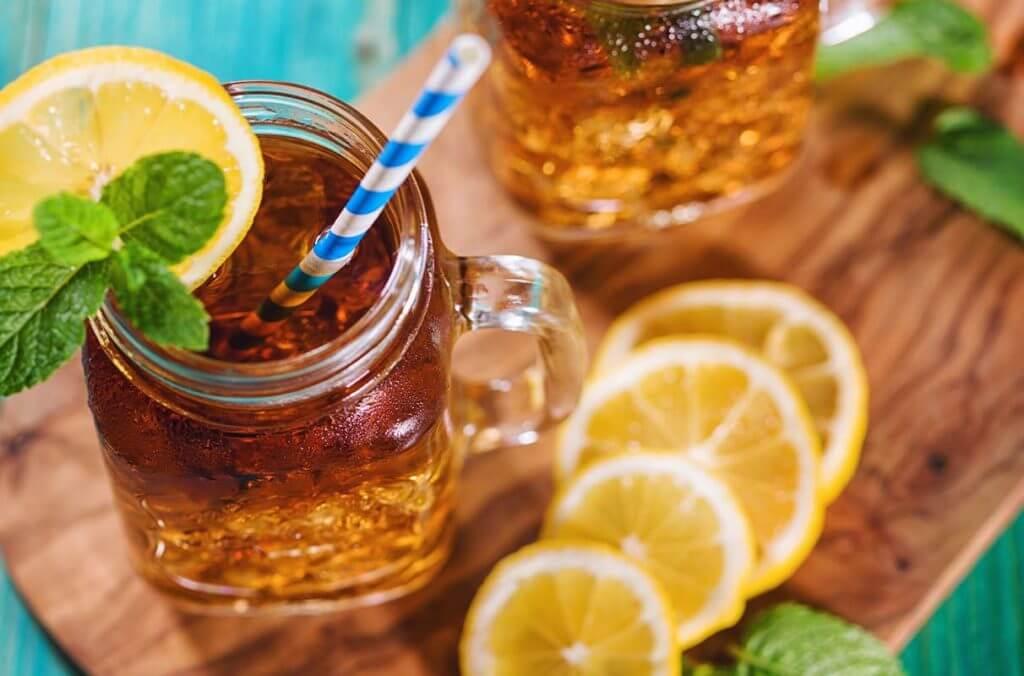 Iced tea is col drink