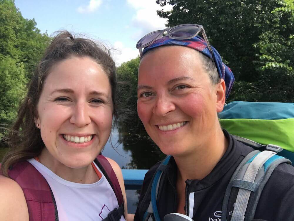 Selfie de Hannah e sua amiga Amanda na Via Romea Germanica