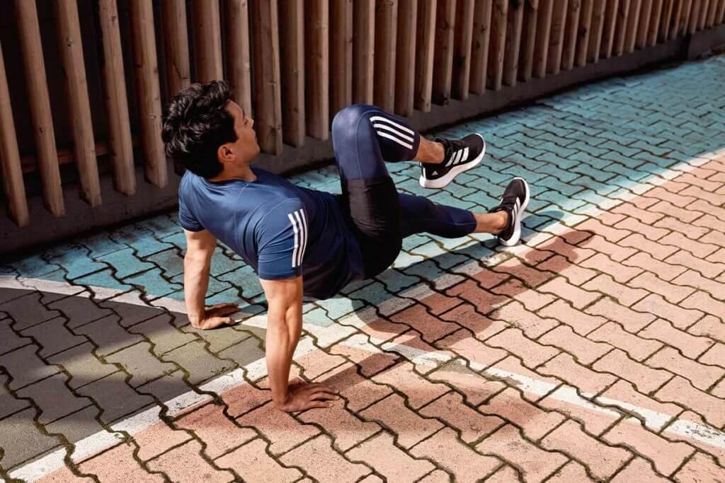 Ejercicios para brazos para eliminar flacidez y tonificar bíceps y tríceps