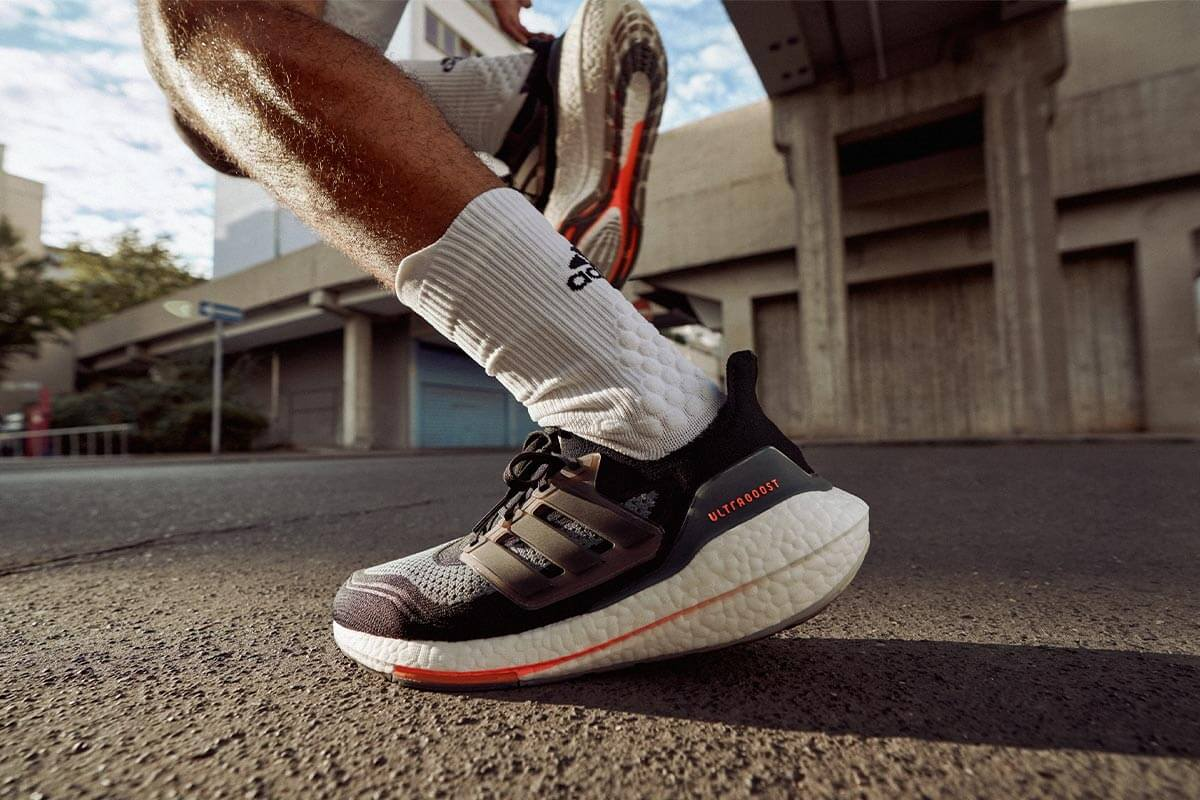 Gros plan sur une chaussure de course