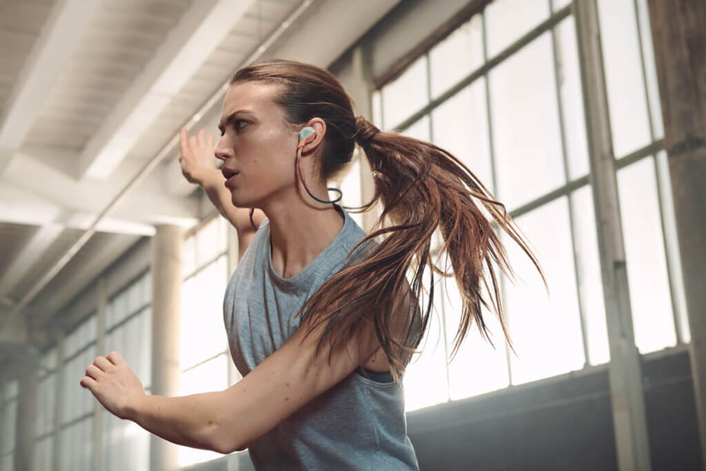Wie Musik beim Sport deine Leistung steigern kann