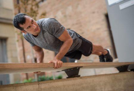 man training triceps