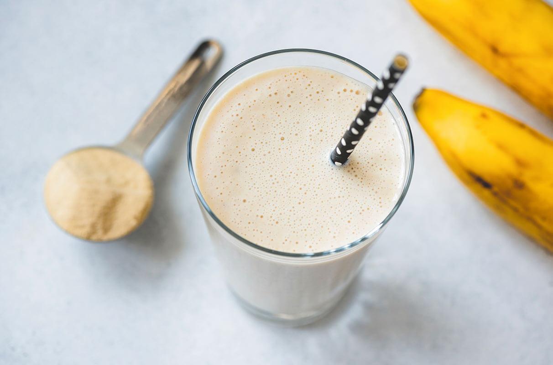 smoothie proteico con banana