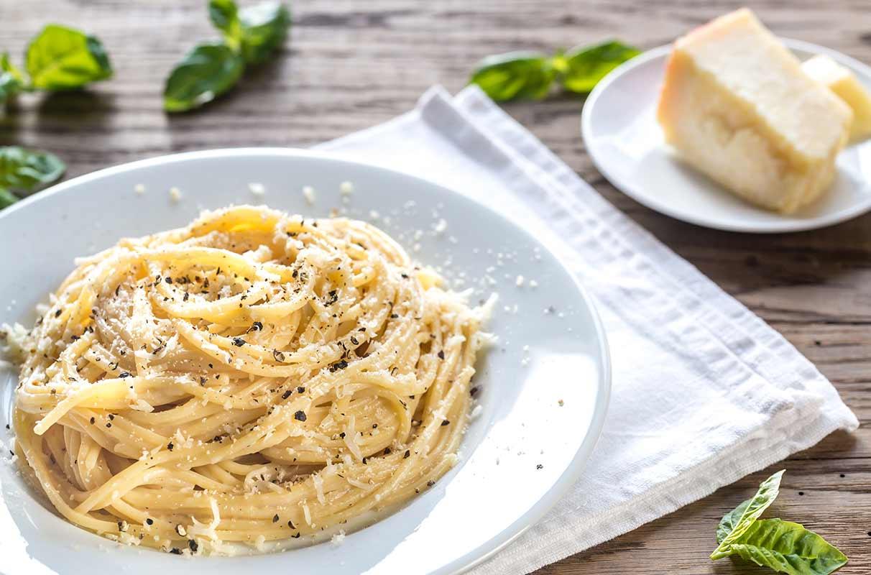 Des spaghettis carbonara comme source de glucides