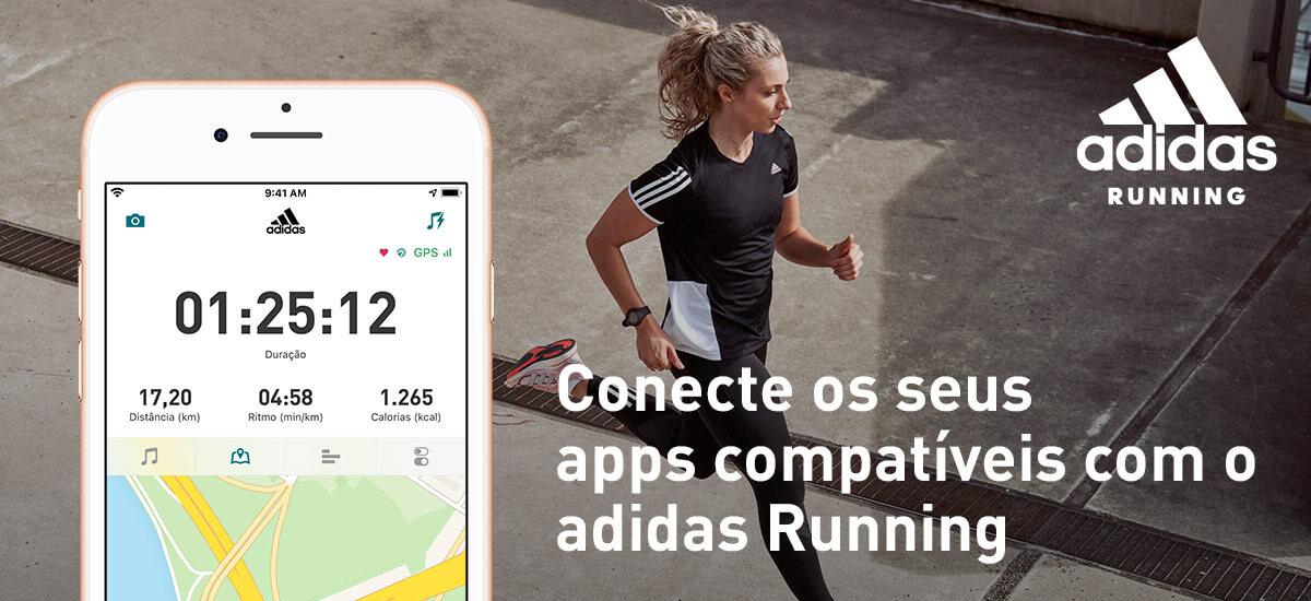 Celular e mulher correndo: banner convidando a conectar apps compatíveis com o adidas Running